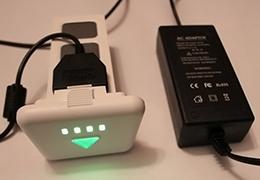 Батарея UPair-Chase 5.8G на зарядке