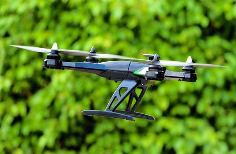 Если честно, то без камеры и без ног JJRC будет летать еще быстрее и станет намного маневреннее